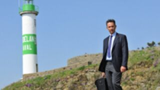 TF1 : La Bretagne offre 100.000 euros pour accueillir Doc Martin !