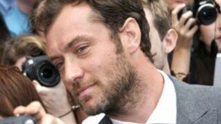 Jude Law rejoint Robert Pattinson dans Queen of the Desert