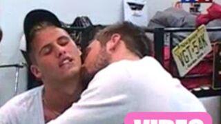 Secret Story : Maxime embrasse... Benoît ! (VIDEO)