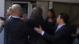 "Incident : un ""admirateur"" de Nicolas Sarkozy tente de se jeter sur lui (VIDEO)"