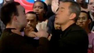Dechavanne agressé en direct (VIDEO)