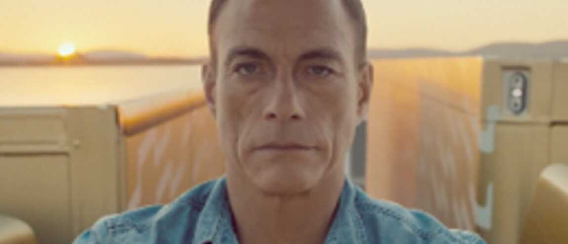 jean claude van damme son grand cart spectaculaire pour une pub video. Black Bedroom Furniture Sets. Home Design Ideas