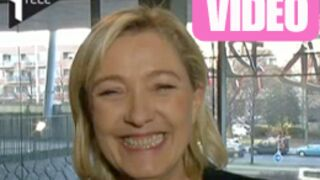 Marine Le Pen chante Dalida en pleine interview ! (VIDEO)