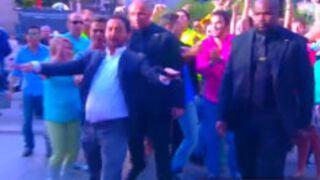 Touche pas à mon poste : l'entrée façon rock-star de Cyril Hanouna (VIDEO)