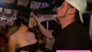 Pékin Express : Norbert très proche d'un travesti et le duo éliminé est... (VIDEO)