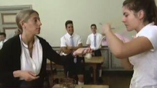 Retour au pensionnat : douloureuse adaptation pour les élèves (VIDEOS)