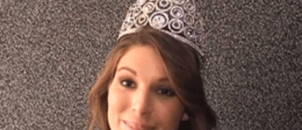 NueLaury Thilleman Soutenue Le Miss Par Photo Nationale Comité nOwkN0PZ8X