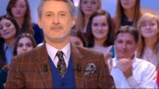 Victoire des Bleus : Antoine de Caunes présente Le Grand Journal en anglais