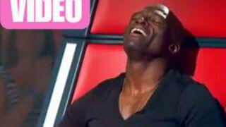 Seal mime une masturbation dans The Voice Australie (VIDEO)
