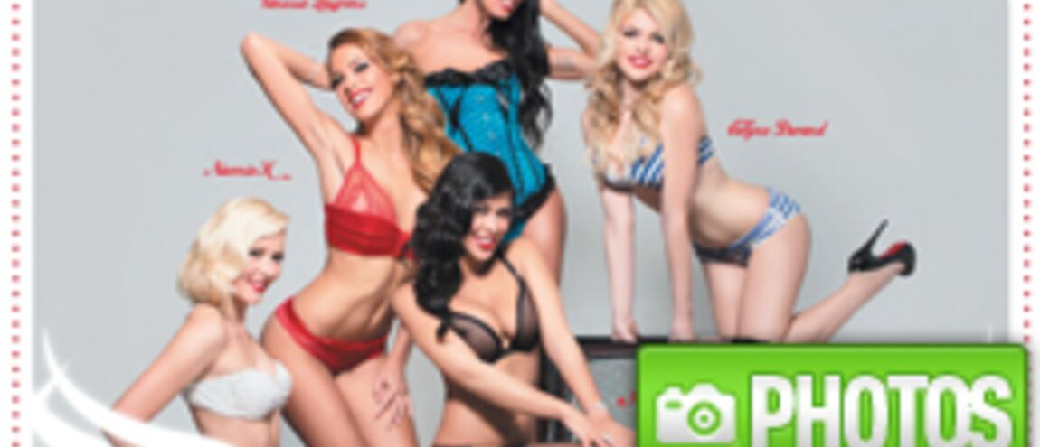 Calendrier Pin Up.Ayem Vanessa Astrid Pin Up Denudees Pour Un Calendrier