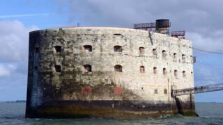Fort Boyard : Alessandra Sublet en panique, Miss France... les infos ! (PHOTOS)