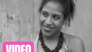 Vidéo : Joanna (Star Ac) joue une prostituée !