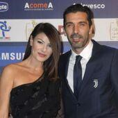 Qui est Ilaria d'Amico, la compagne très sexy du gardien Gianluigi Buffon ? (PHOTOS)