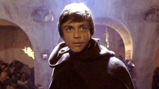 Star Wars - Les derniers Jedi : un étrange objet au cou de Luke Skywalker relance les spéculations