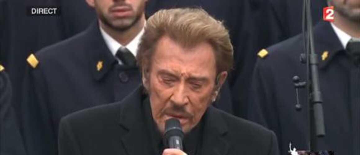 Johnny hallyday rend hommage aux victimes des attentats extraits toutes les vid os avec t l - Johnny hallyday coupe du monde 2002 ...