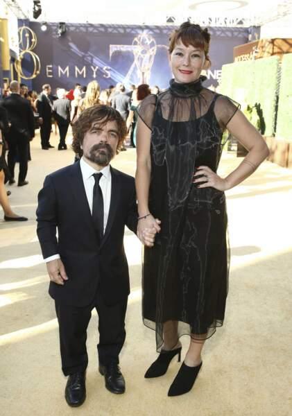 Peter Dinklage a récupéré son Emmy pour Game of Thrones. Un moment de bonheur qu'il a partagé avec sa femme