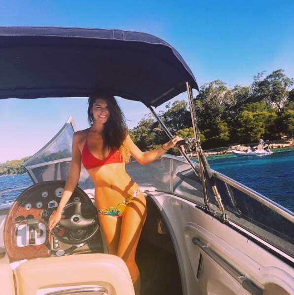 L'avenir nous le dira, mais il semble que la jeune femme sache mener sa barque !