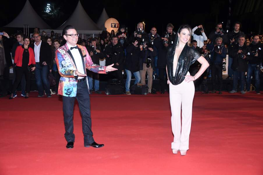 Jean-Marc Généreux et sa veste... Généreuse en couleurs sur le tapis rouge des NRJ Music Awards