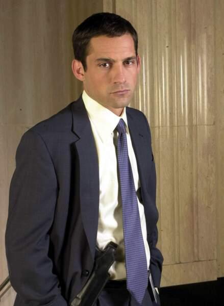 Enrique Murciano alias Danny Taylor dans la saison 1 de FBI : Portés Disparus