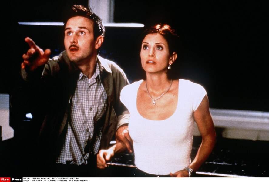 Elle a aussi joué dans Scream 2, en 1997.
