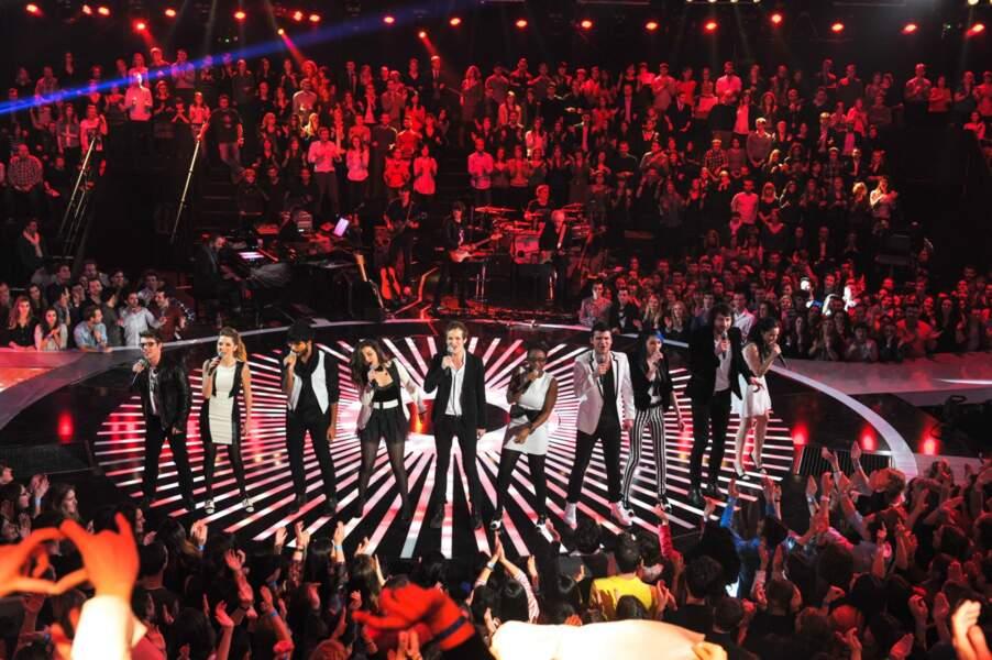 Les candidats ont ouvert le bal sur Rehab de Amy Winehouse.