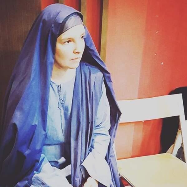 ... elle obtient le rôle de Marie dans la comédie musicale Jésus, de Nazareth à Jérusalem. Son album fruit défendu est sorti cette année.