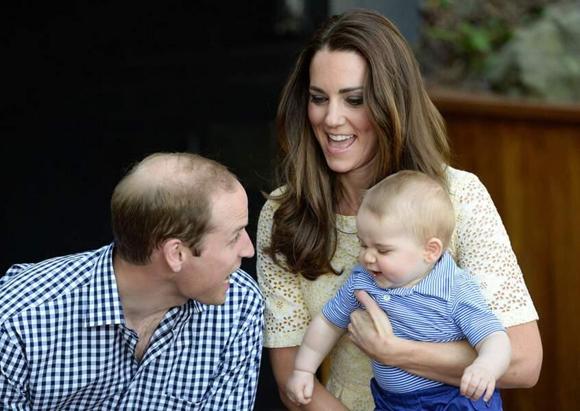 Trop mignon, George à les même cheveux que son père