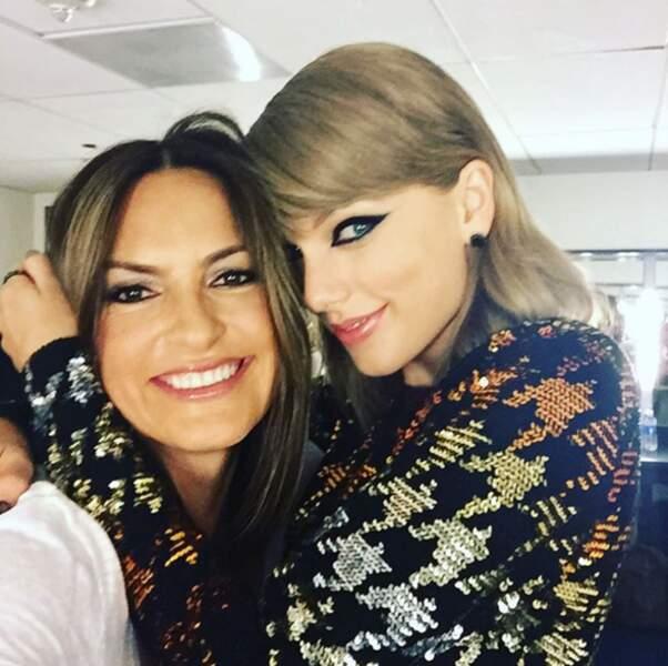 Mariska Hargitay (New York Unité Spéciale) était avec sa copine Taylor Swift.