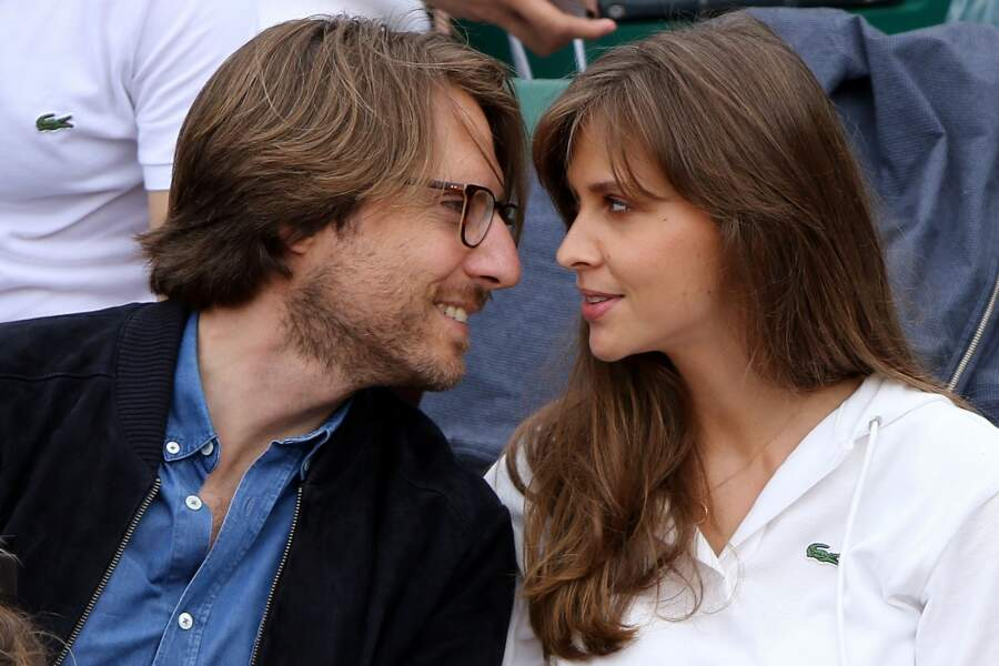 C'était CHAUD entre Ophélie Meunier et Mathieu Vergne dans les gradins de Roland-Garros ce vendredi 1er juin