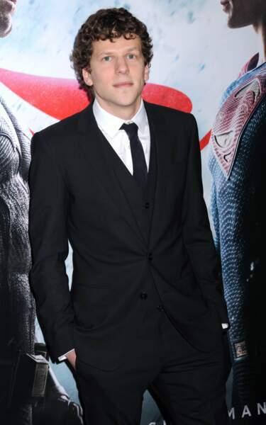 Jesse Eisenberg, sérieux mais très classe ! Alias le vil Lex Luthor
