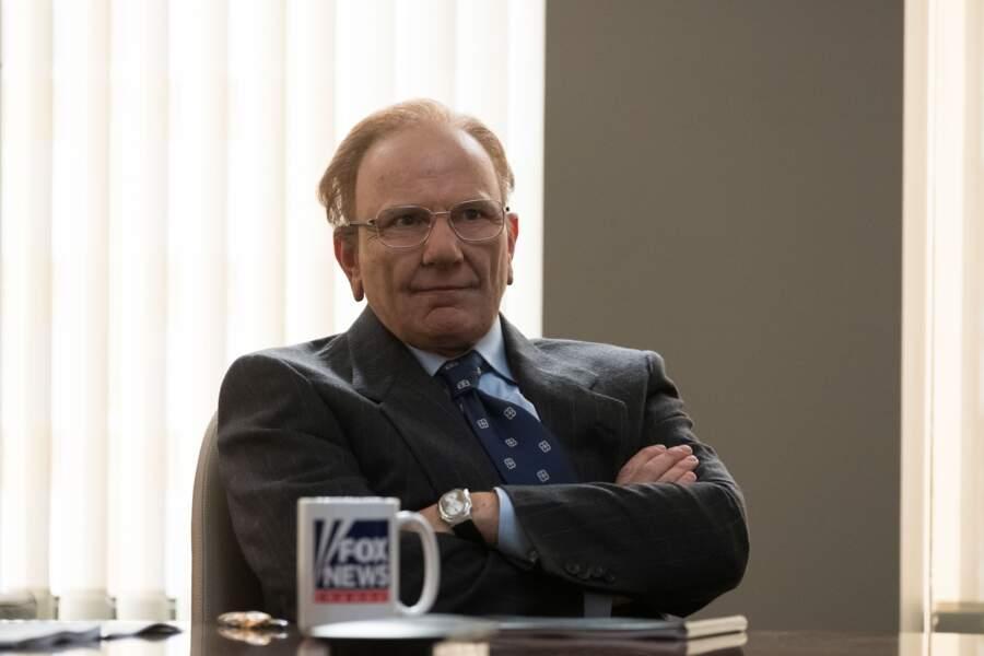 Simon McBurney joue Rupert Murdoch dans la série