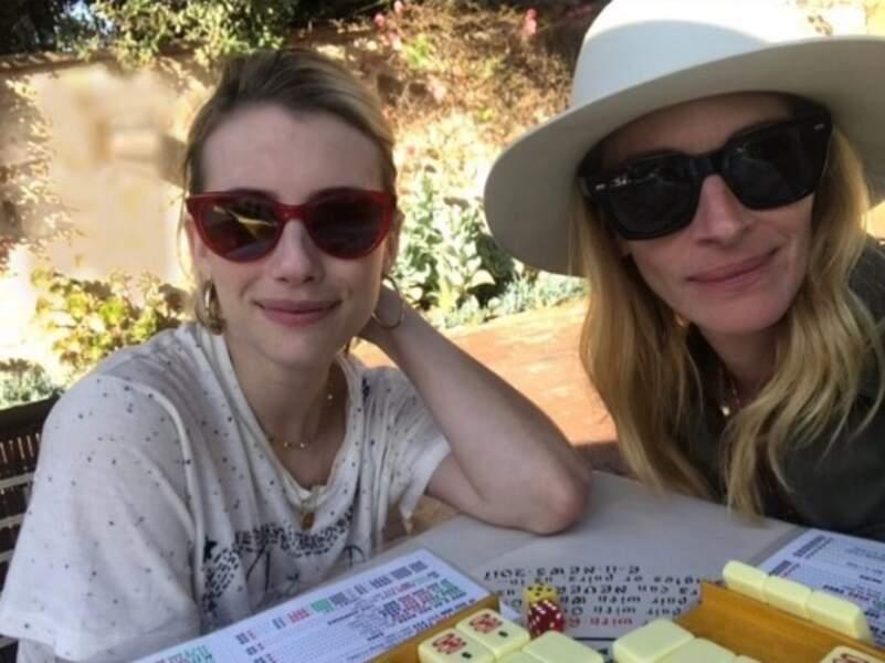 On vous laisse : on a mah-jong avec Emma et Julia Roberts.
