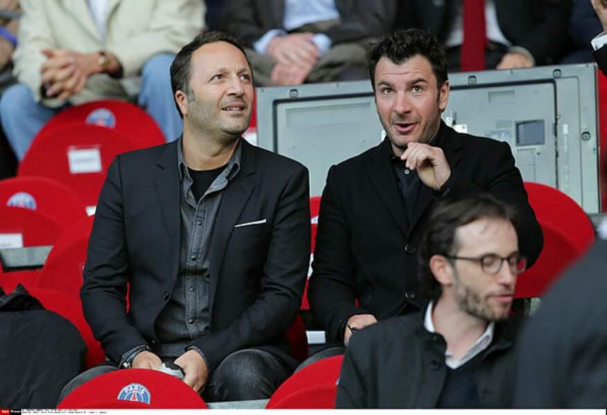 Arthur et Michael Youn soutiennent les Bleus