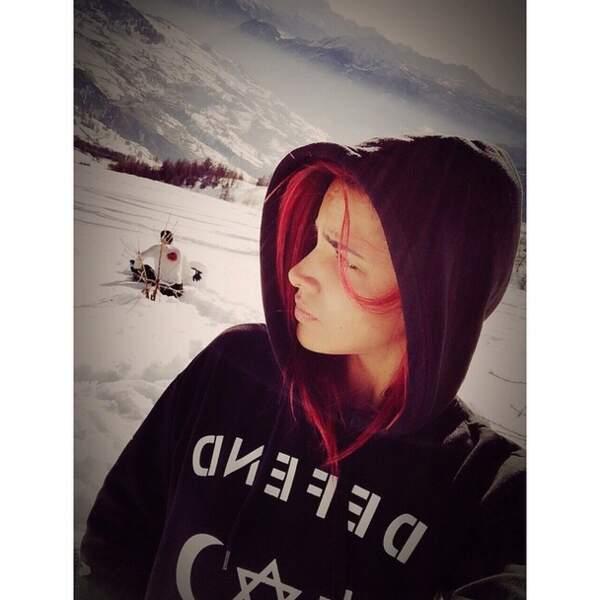 La chanteuse était au ski et elle est tombée amoureuse...