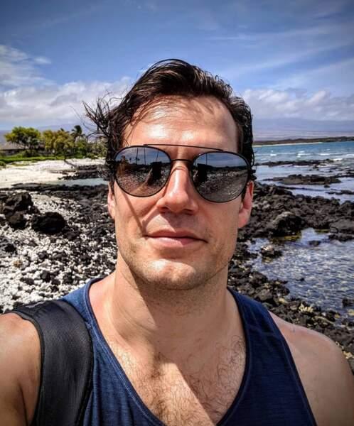 Tout comme Henry Cavill, à Hawaii plus exactement.