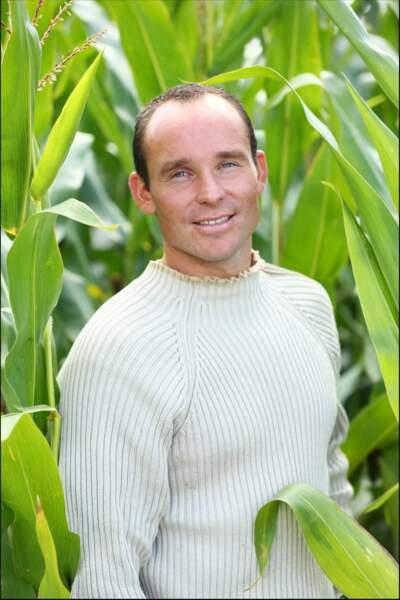 Guillaume, 30 ans, éleveur de vaches laitières et de volailles bio.