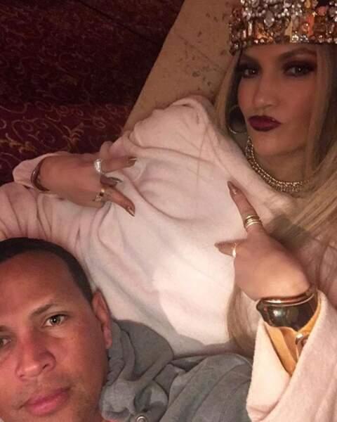 Dans son couple, Jennifer Lopez est la reine et elle a même des accessoires pour le prouver.