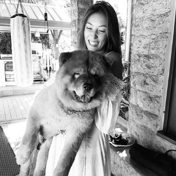 Et la mannequin franco-philippine Solenn Heussaff a un bébé d'un autre genre : ce chien trop chou !