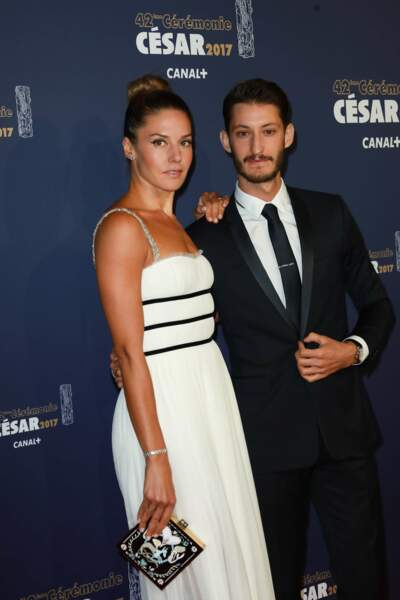 """Nommé dans la catégorie """"meilleur acteur"""", Pierre Niney était accompagné de sa compagne, Natasha Andrews"""