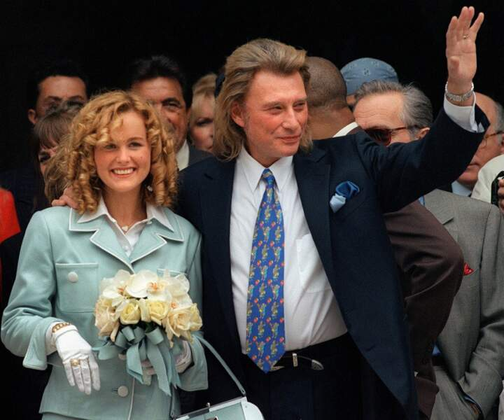 Johnny Hallyday aurait-il trouvé la femme de sa vie à 53 ans ? Ici avec Laeticia Boudou en 1996