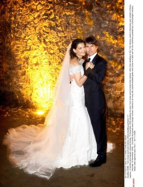Katie Holmes a dit oui à Tom Cruise, en robe de soie Armani, au château de Bracciano (Italie) en novembre 2006