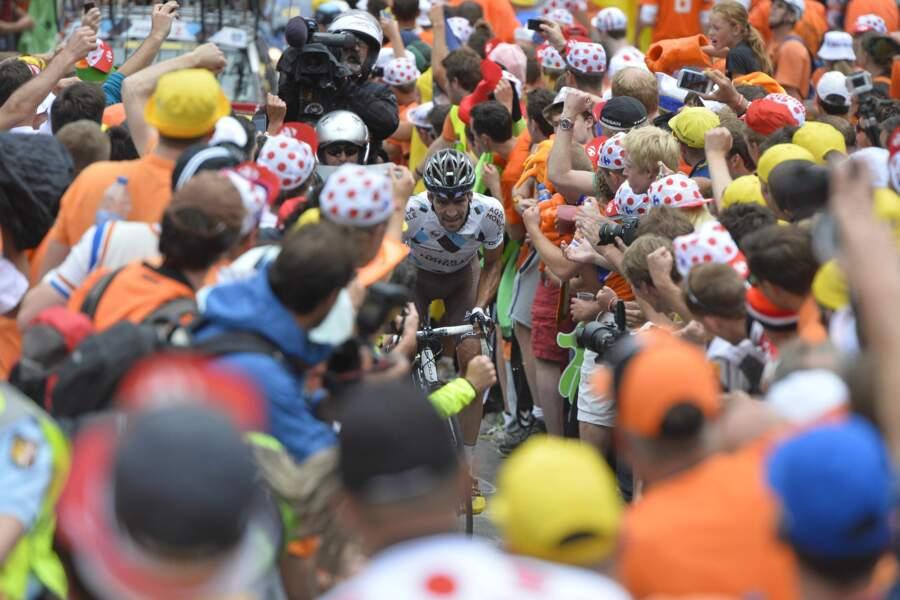 Christophe Riblon au milieu de la foule de l'Alpe d'Huez