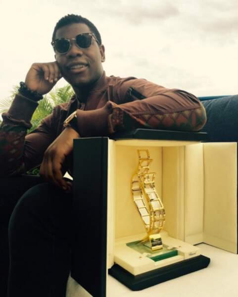 John Boyega ravi d'être dans le coin