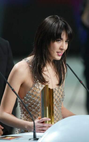 Une robe très... transparente pour les NRJ Music Awards