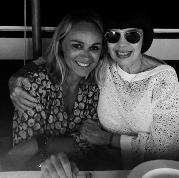 Improbable : Cécile de Ménibus et Mireille Mathieu passaient la soirée ensemble à Ramatuelle.