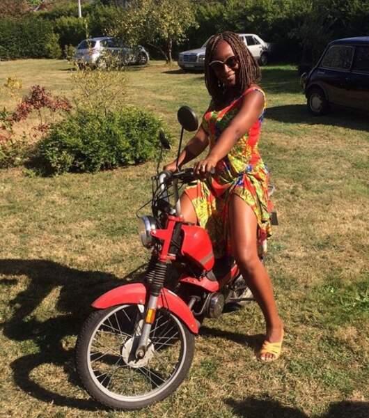 Nadège Beausson-Diagne, elle, ne reconnait plus personne en Harley-Davidson.