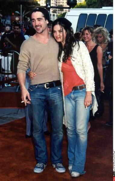 Colin Farrell et Amelia Warner (aujourd'hui la femme de Jamie Dornan) clopes au bec et amoureux en 2001