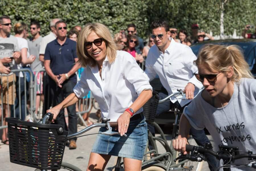 Brigitte Macron a été rejointe par sa fille, Tiphaine Auzière