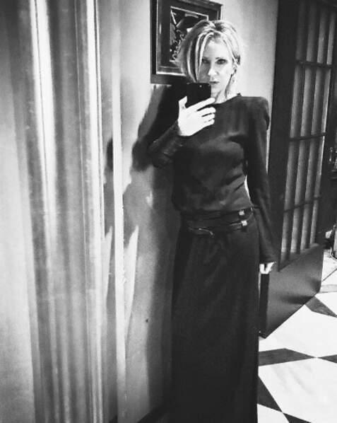 Selfie de femme fatale pour Patricia Kaas.
