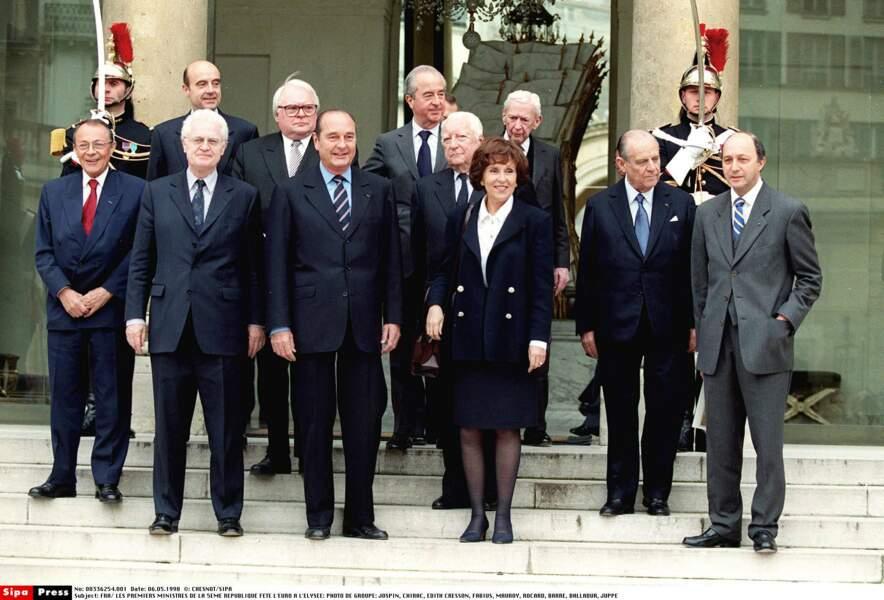 Les Premiers ministres fêtent l'Euro à l'Elysée, Chirac en première ligne : le seul à avoir aussi été Président